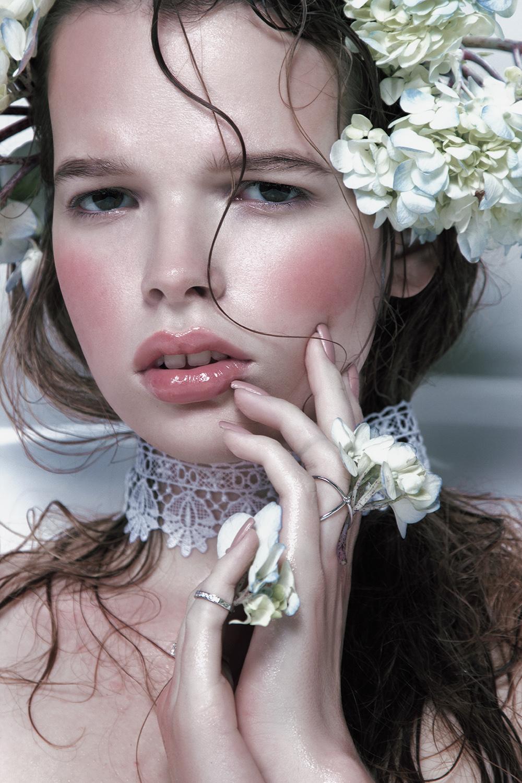 Model Citizen Magazine, Ilona Veresk32.jpg