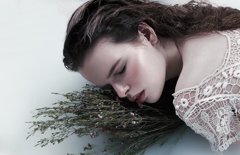Model Citizen Magazine, Ilona Veresk52.jpg