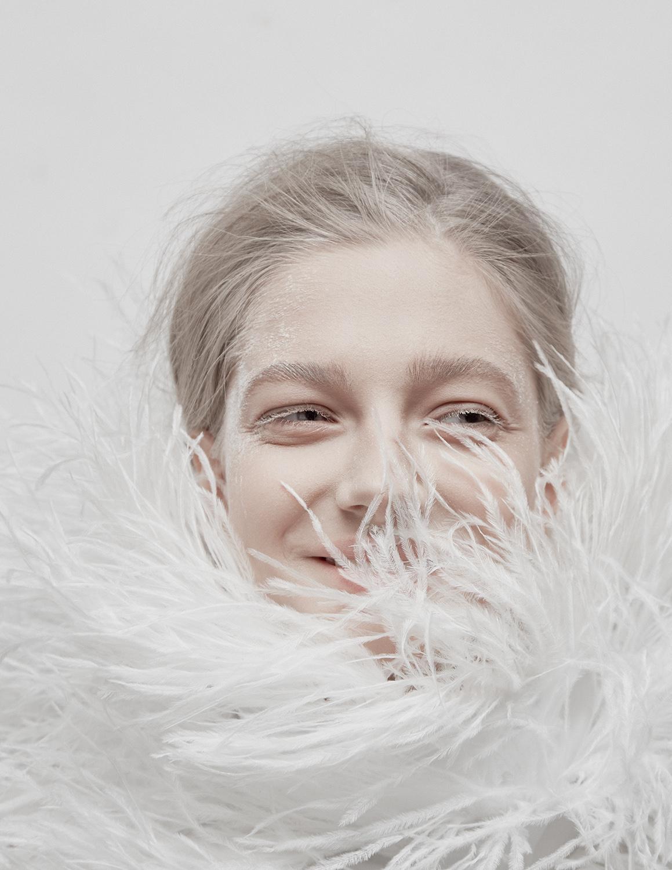Model Citizen Magazine, Ilona Veresk33.jpg
