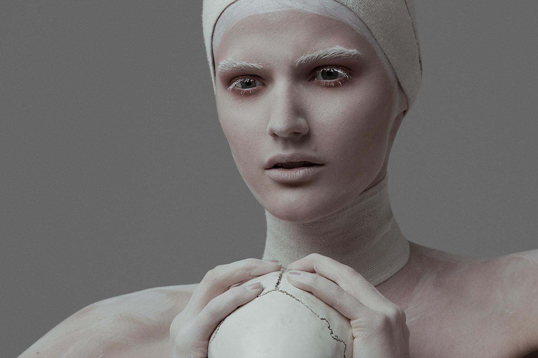 Model Citizen Magazine, Ilona Veresk53.jpg