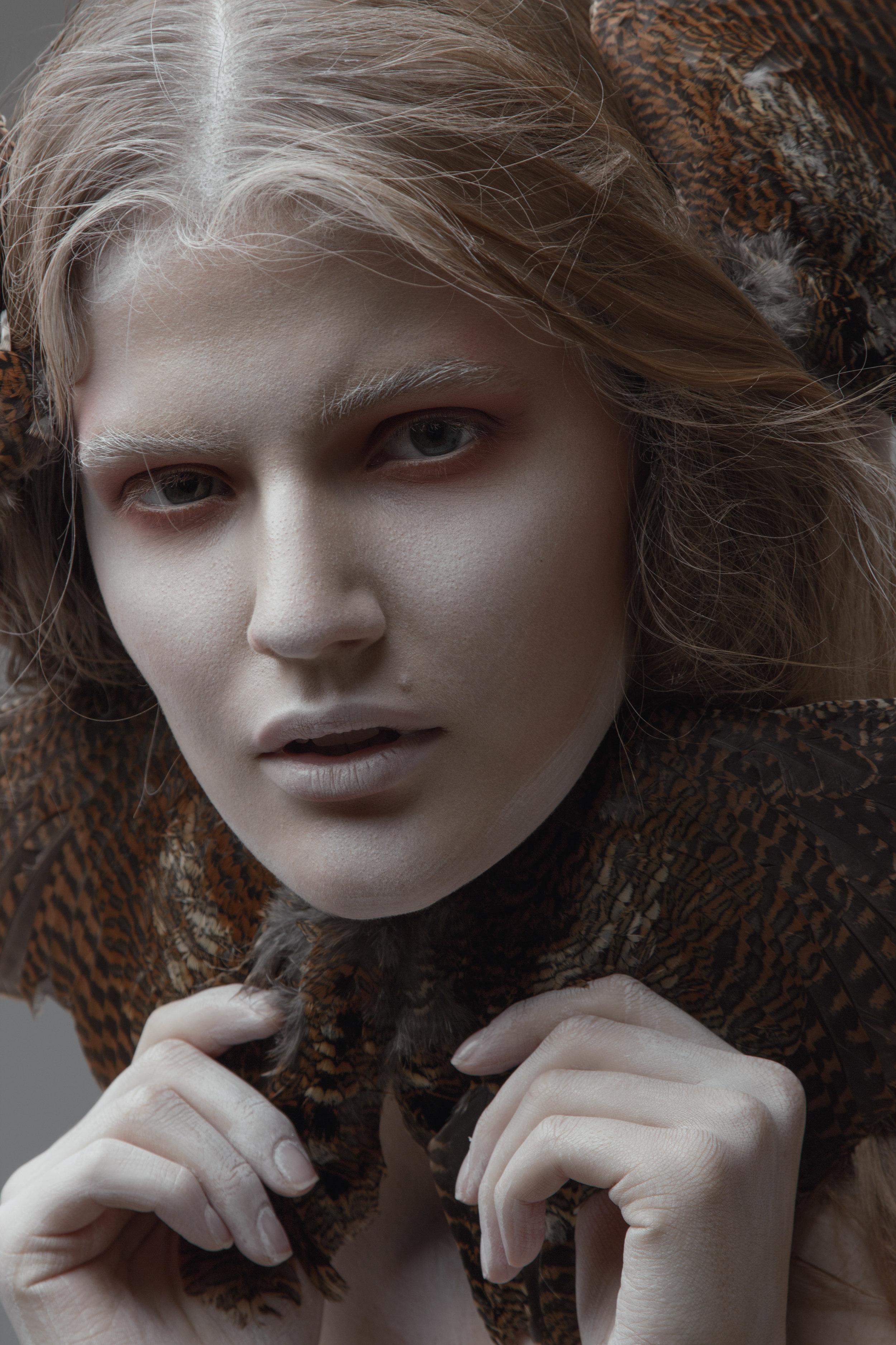 Model Citizen Magazine, Ilona Veresk38.jpg