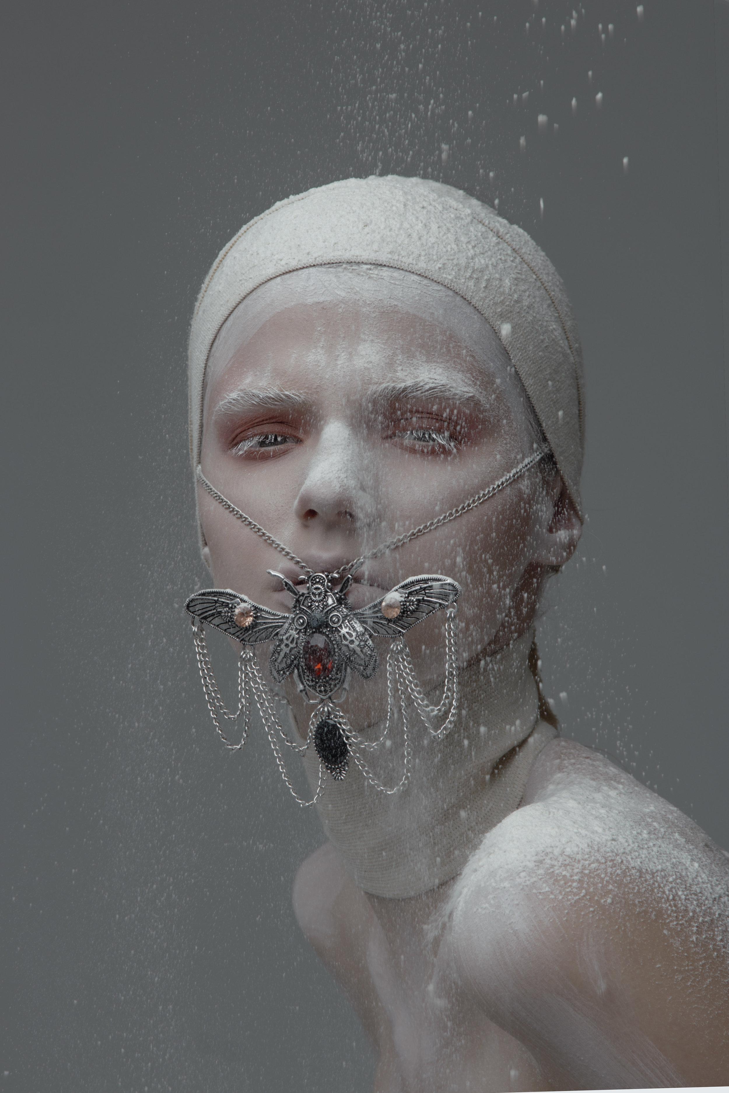 Model Citizen Magazine, Ilona Veresk17.jpg