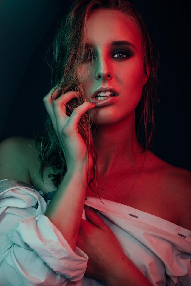 da7c47ace184-Photographer_VeeGee_Cabadonga__Model_Joanna_Watkinson.jpg