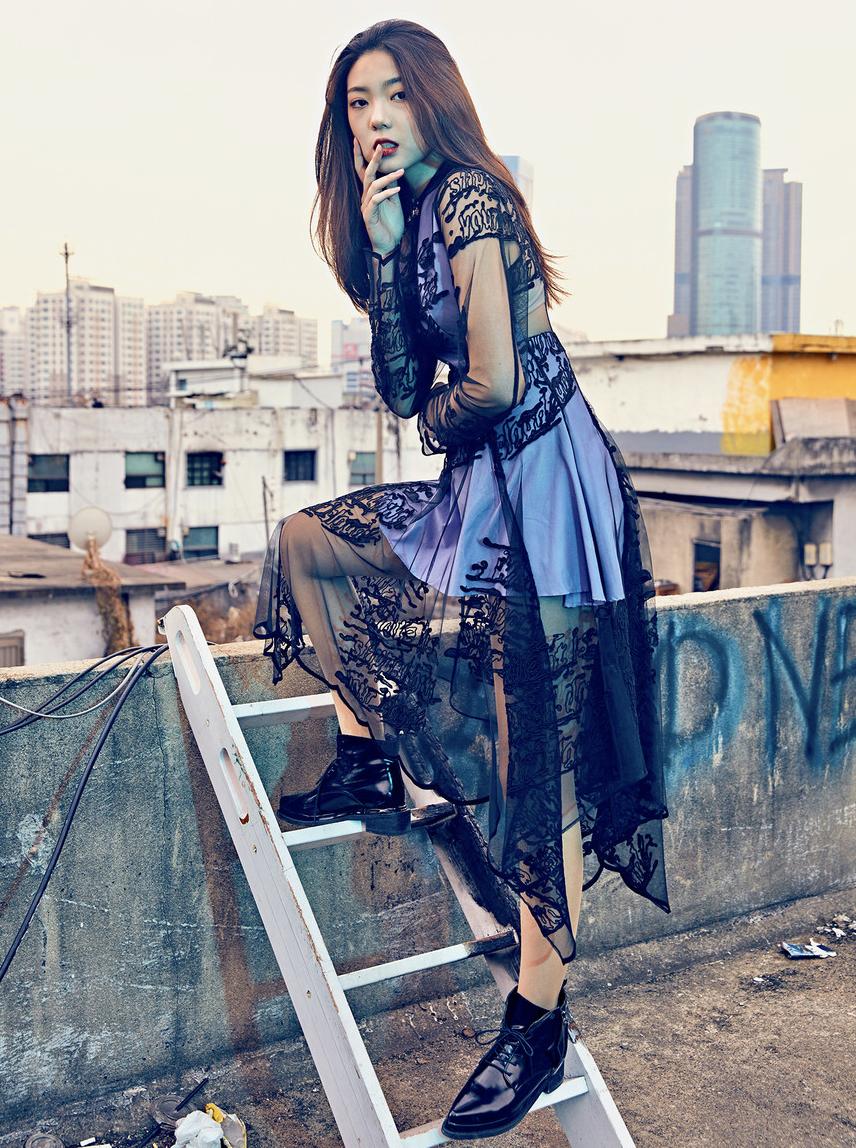 Model Citizen Magazine, Sim Gyunsu19.png