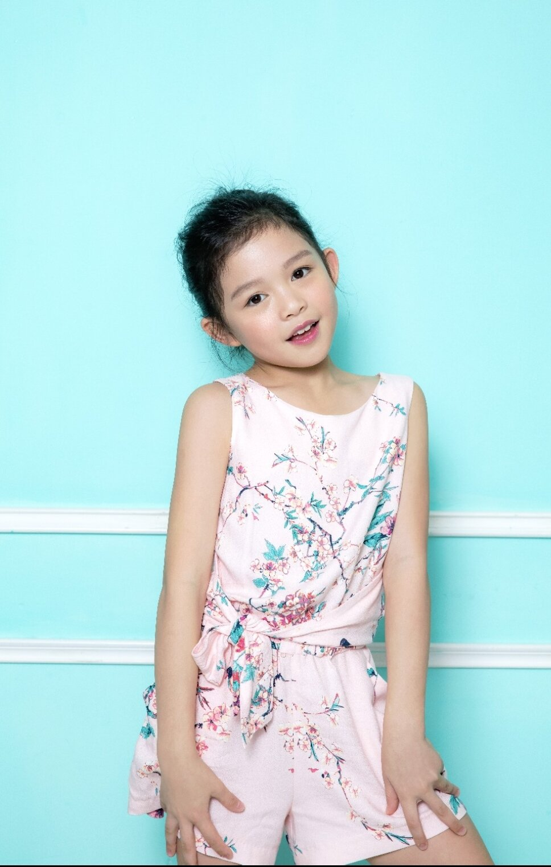 Featured Fashion Model_Alexis Hu_Hong Kong_Model Citizen Blog-2.jpg