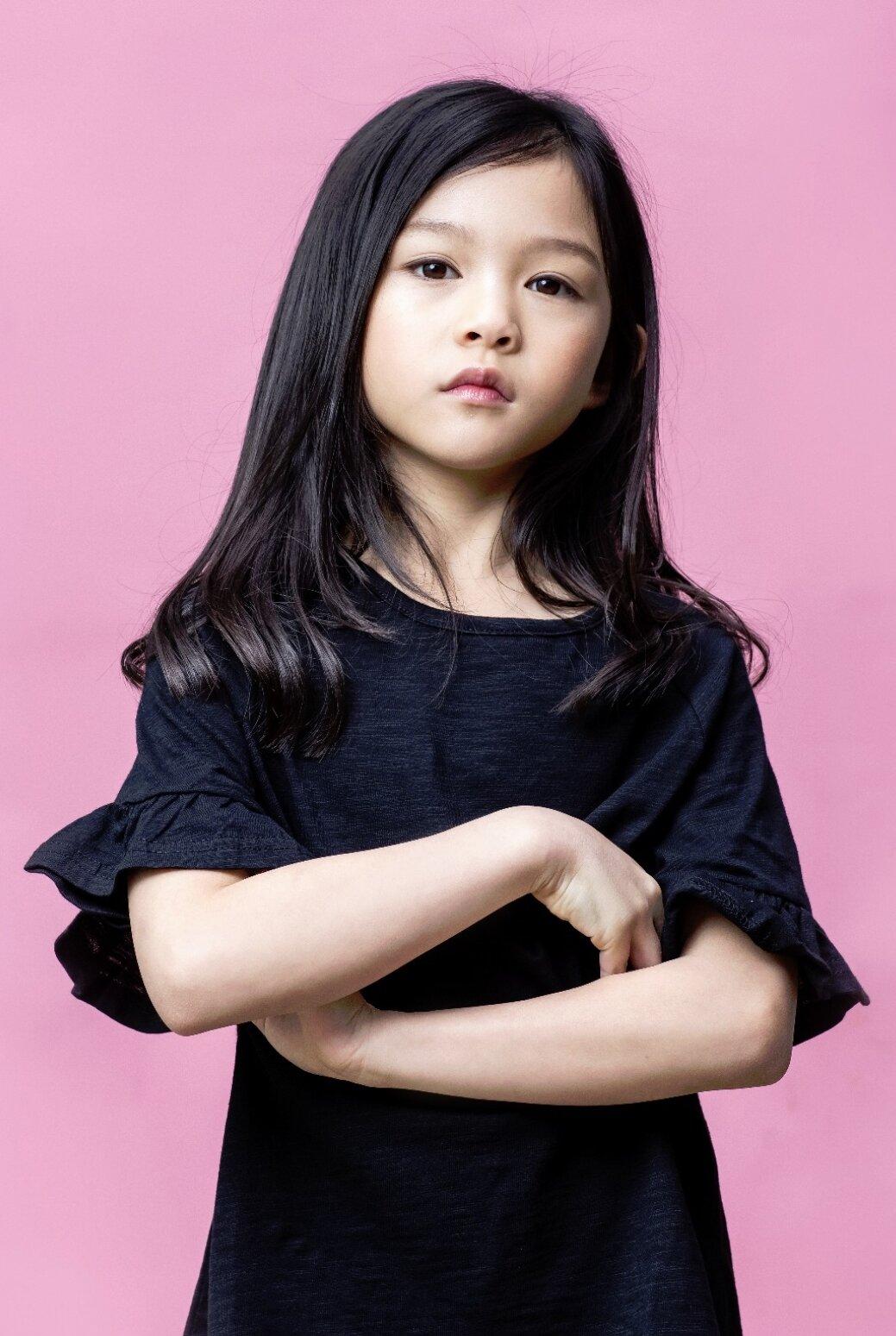 Featured Fashion Model_Alexis Hu_Hong Kong_Model Citizen Blog-5.jpg