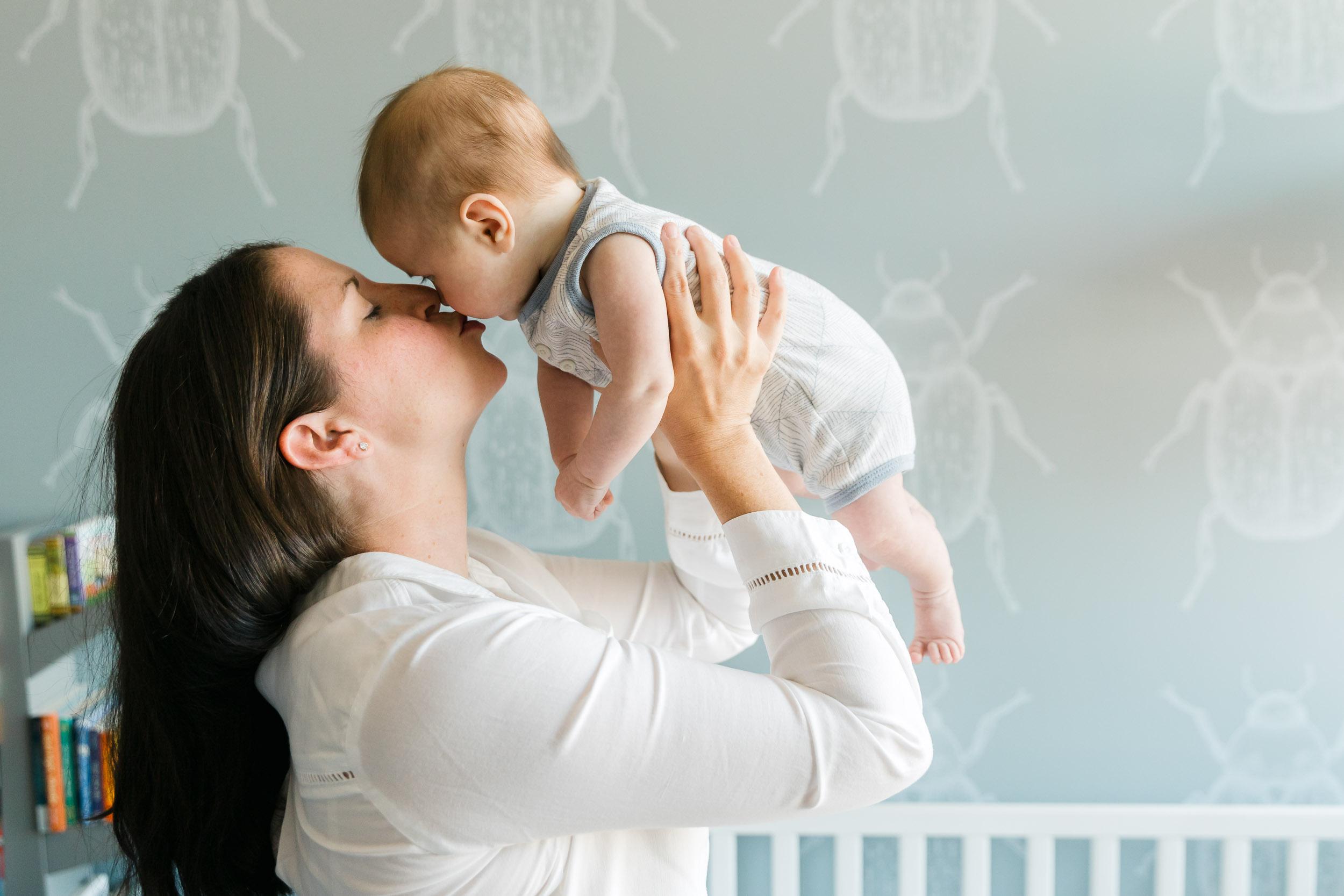 Dumbo_newborn_baby_lifestyle_photographer (17 of 19).jpg