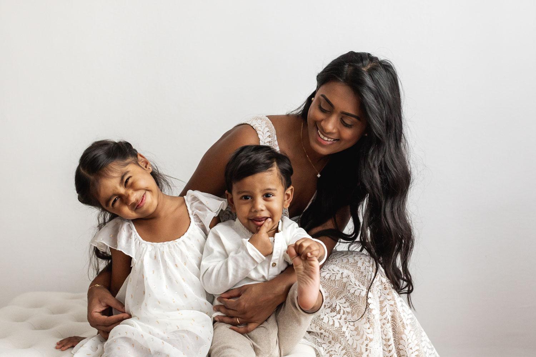 Beautiful_Guyanese_mother_and_children_portraits_NYC-38.jpg