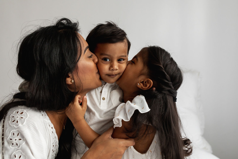 Beautiful_Guyanese_mother_and_children_portraits_NYC-19.jpg