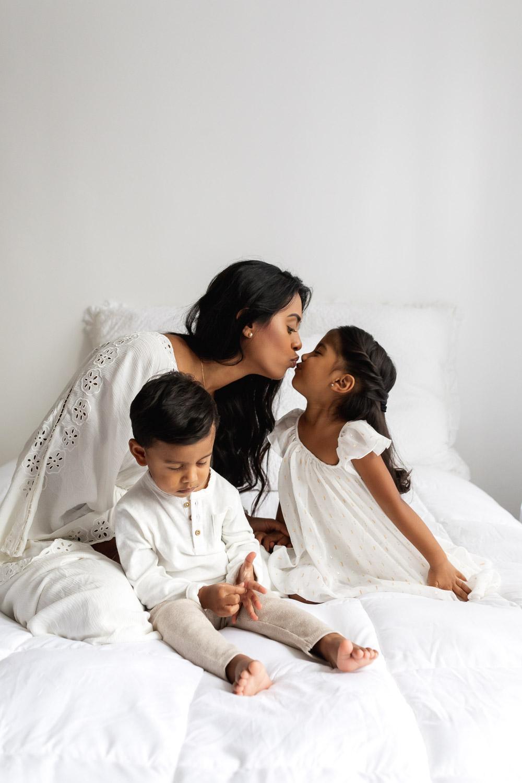 Beautiful_Guyanese_mother_and_children_portraits_NYC-16.jpg