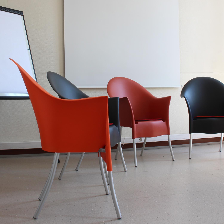 Aménagement de bureaux, salle de réunion et salle de repos