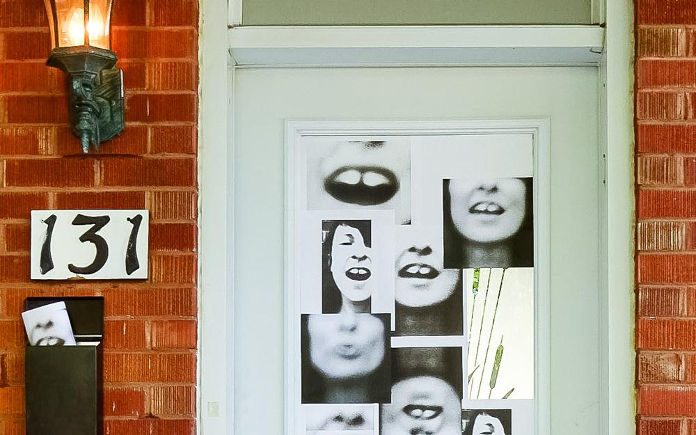 Les fenêtres qui parlent - Une initiative de culture participative portée par Sophie Chabot, en collaboration avec la Ville de Victoriaville et Atoll art actuel.27, 28 et 29 septembre 2019 sur la rue Victoria, entre le boulevard Jutras et le cimetière Victoria dans le cadre des Journées de la Culture.