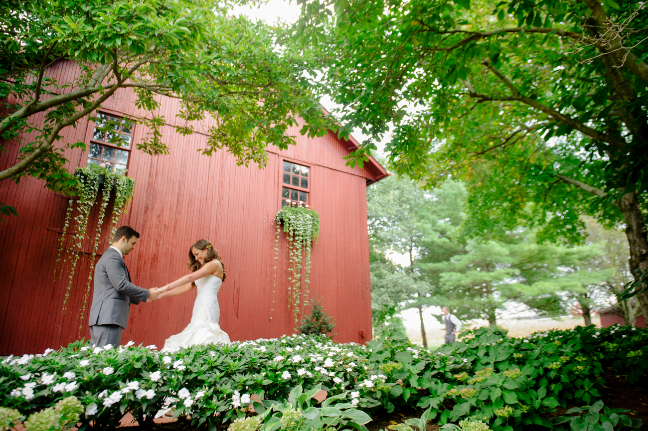 Farm-Eagles-Ridge-Lancaster-Wedding-Photographer