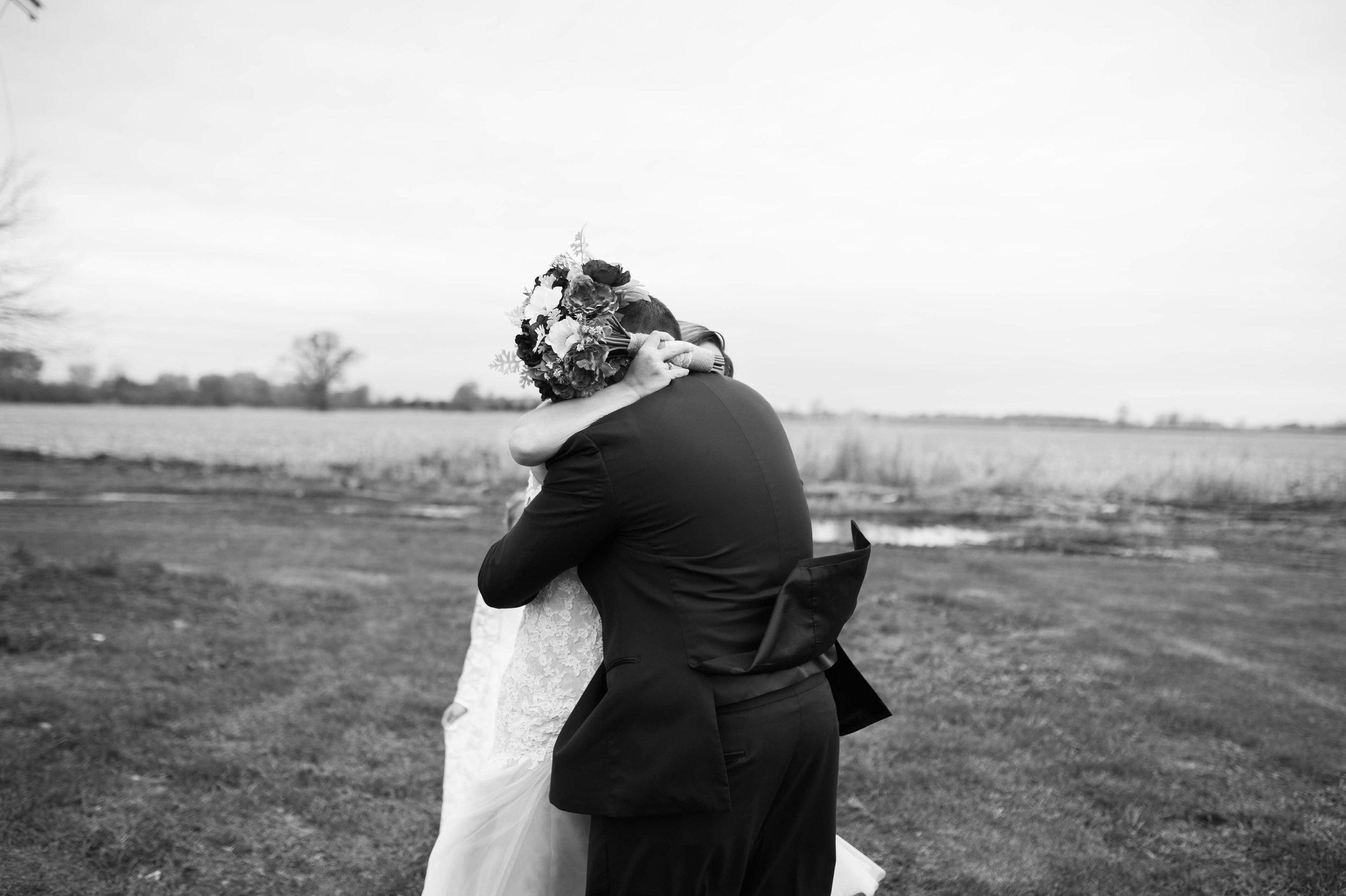 LLP Michigan Wedding Photographer 14.jpg