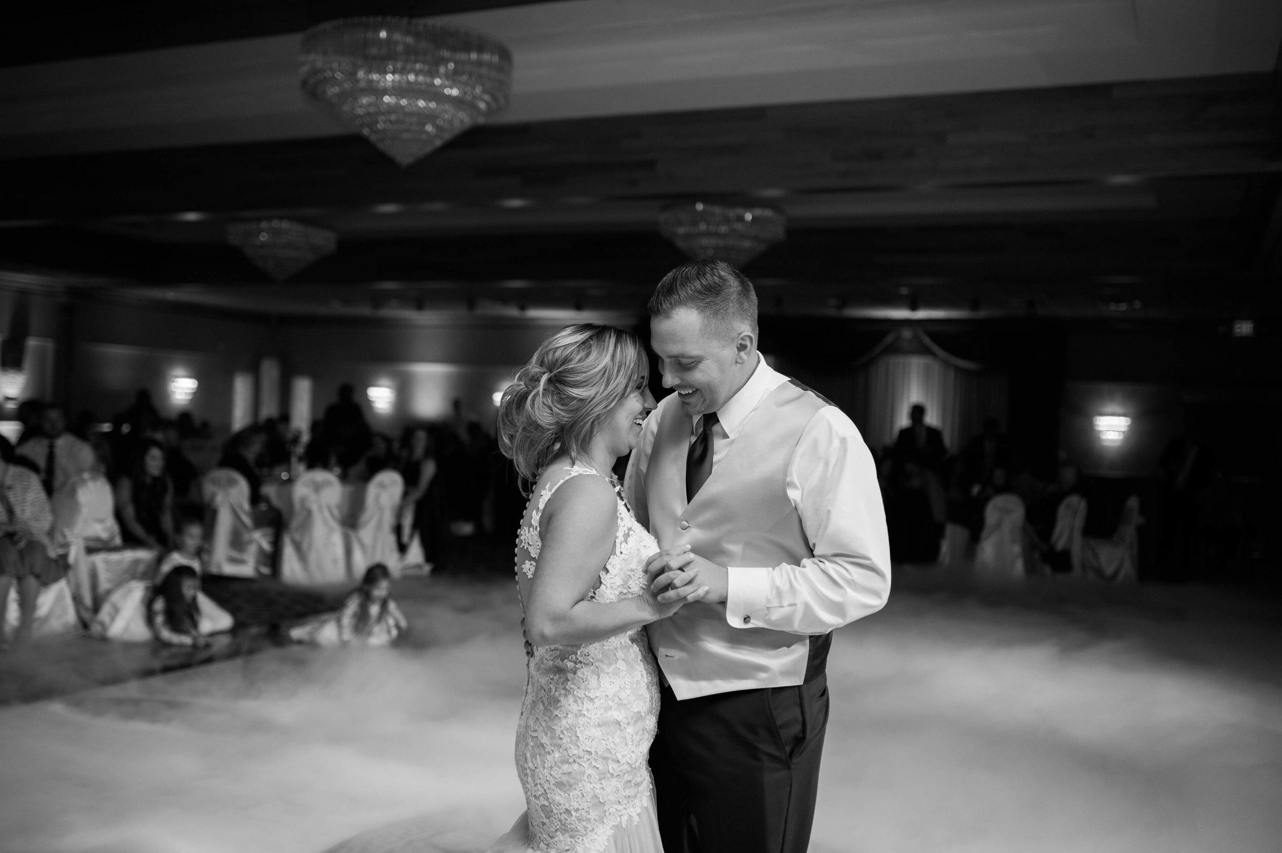 LLP Michigan Wedding Photographer 37.jpg