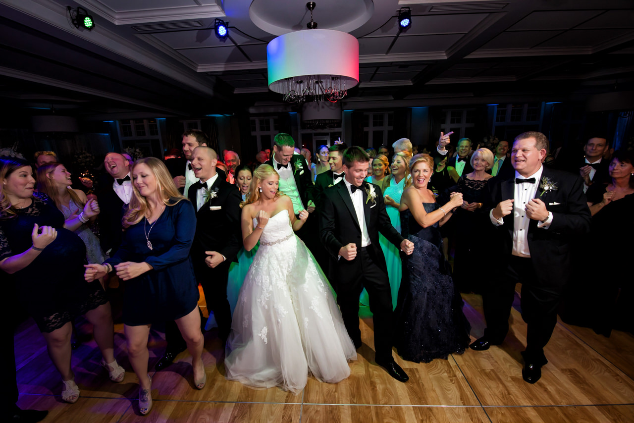 PARTY ON THE DANCE FLOOR!