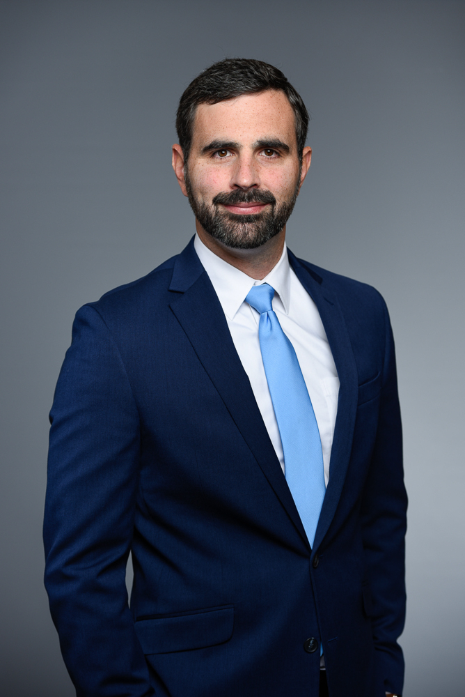 """Dr. Anthony Savino - Neurologist and Director of Illinois Bone and Joint Sports Neurology ProgramNeurological Consultant, Chicago Red Stars and Chicago WolvesTeam Pool Physician, US Ski and Snowboard Team"""" Participation in sport and competition is a natural part of being human. My goal is to provide education and guidance, so athletes may compete in the safest way possible, for as long as they want. Removing athletes from their sport is a big deal, and I am glad to be part of a program such as Sidelined USA that takes such a comprehensive approach to that discussion as well as provides resources during this difficult period of transition."""""""