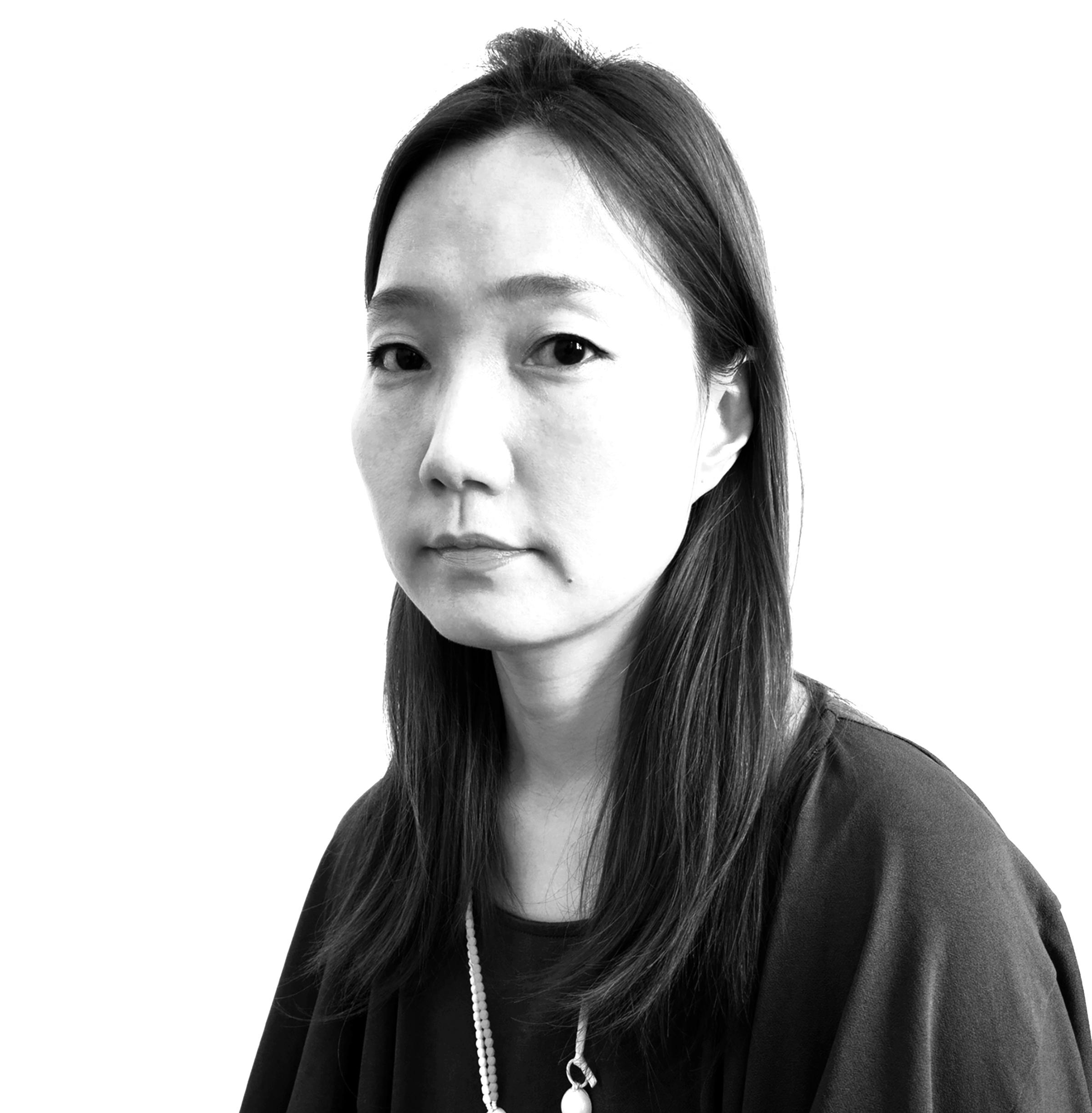 MiaKwon-portrait 2.jpg