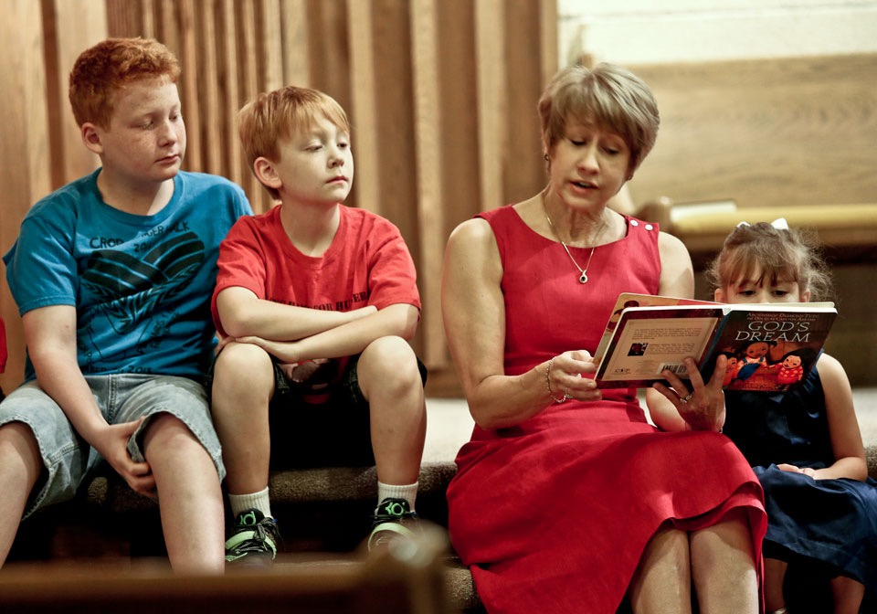 Cindy-Childrens-sermon.jpg