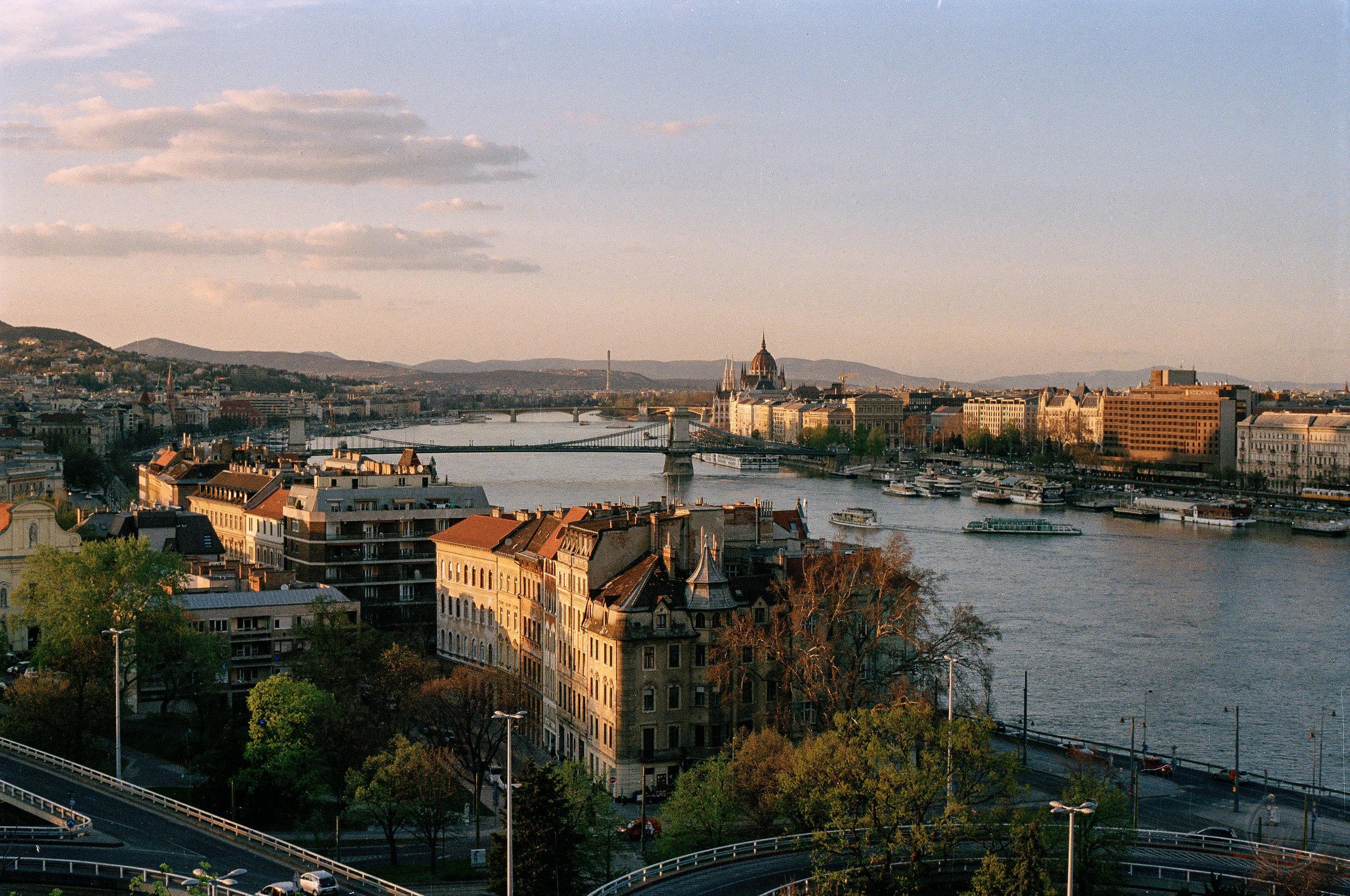budapest16-2.jpg
