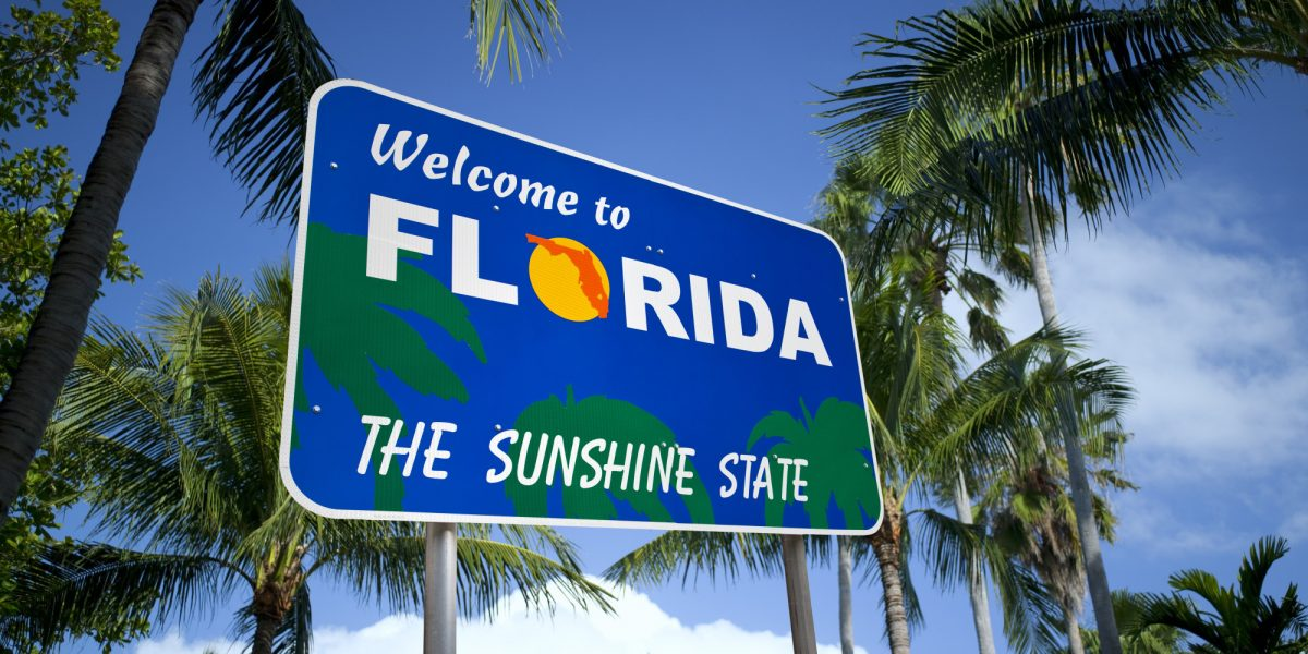 Welcome-to-Florida-sign-e1513879531372.jpg