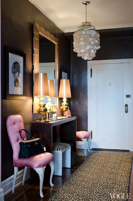 DARK & STORMY - Some say small spaces shouldn't be painted black, but we say, au contraire! Black walls only add an element of mystery and a lovely moodiness that any guest would appreciate!