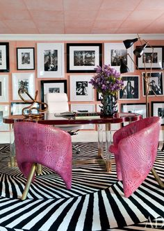 PINK STUDY - Kelly Wearstler is always doing it right! A Bel Air residence she designed has an office out of our dreams! We know we could get some work done in here!