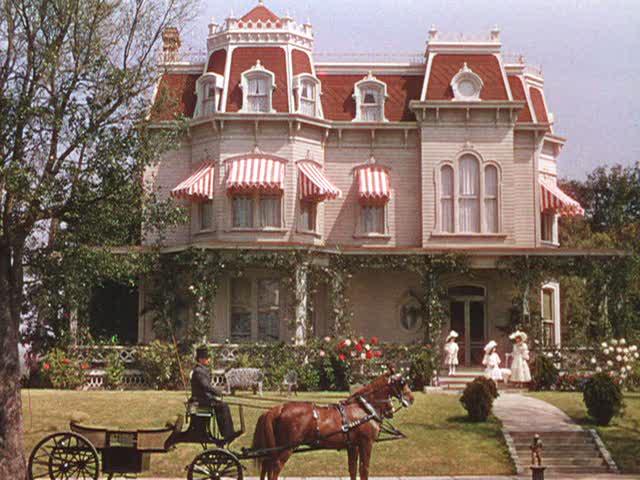 Meet-Me-in-St.-Louis-movie-house-in-Spring.jpg
