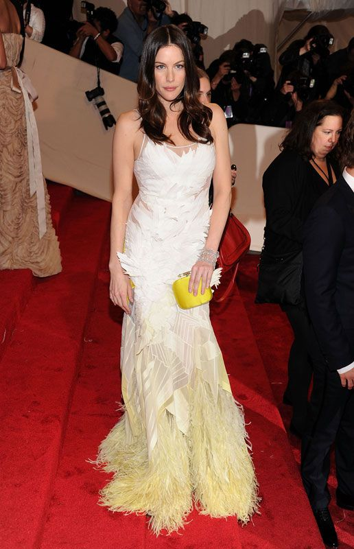 "2011 - Theme: ""Alexander McQueen: Savage Beauty""Who: Liv TylerWearing: Givenchy"