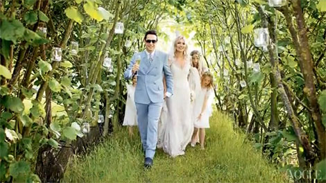 outdoor-wedding-decorations-Kate-Moss-wedding-1.jpg