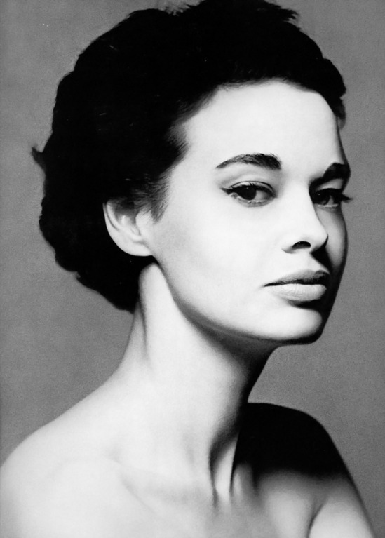 c.1953 - Vanderbilt Photographed by Richard Avedon