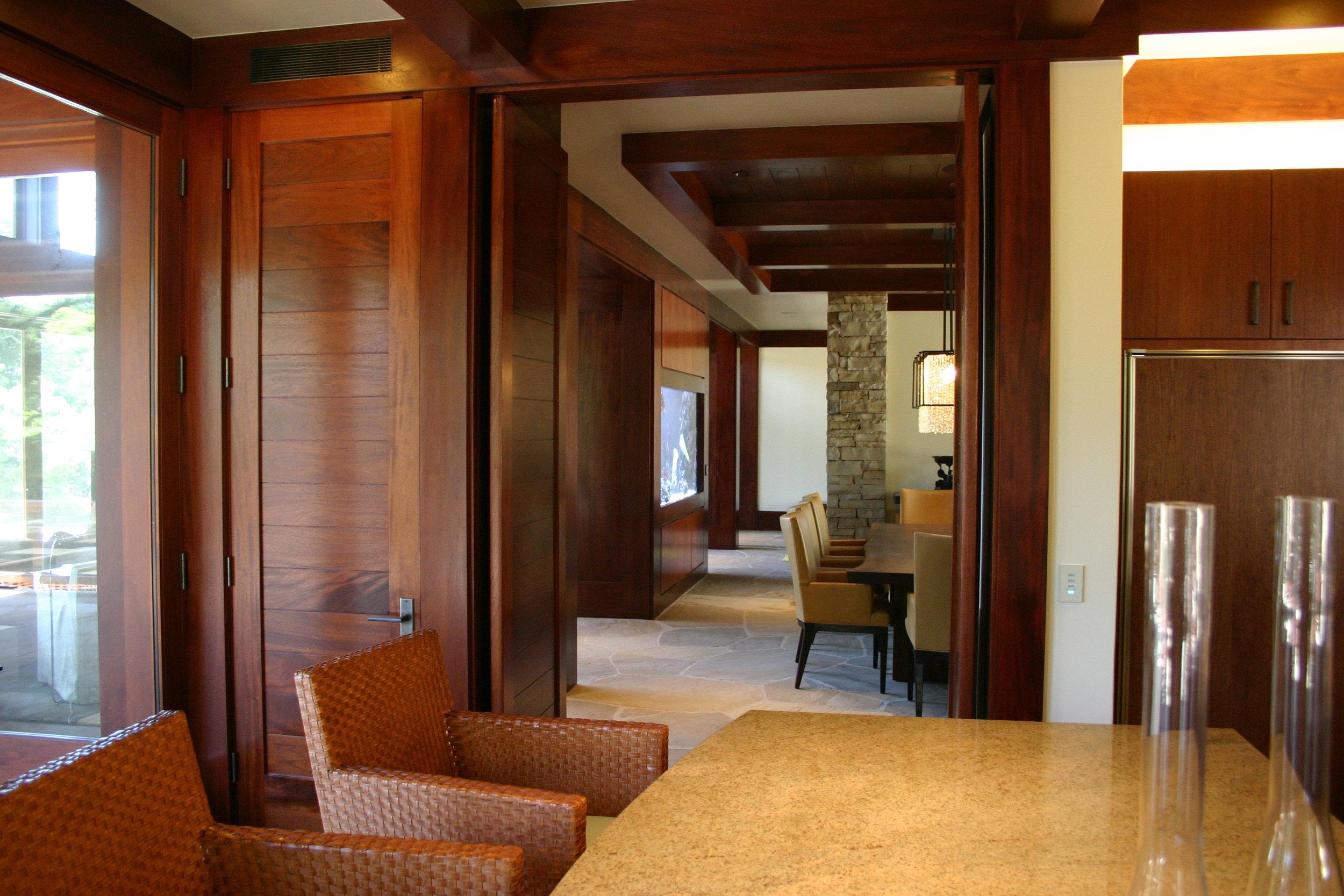 Schwartz - Interior (2).JPG