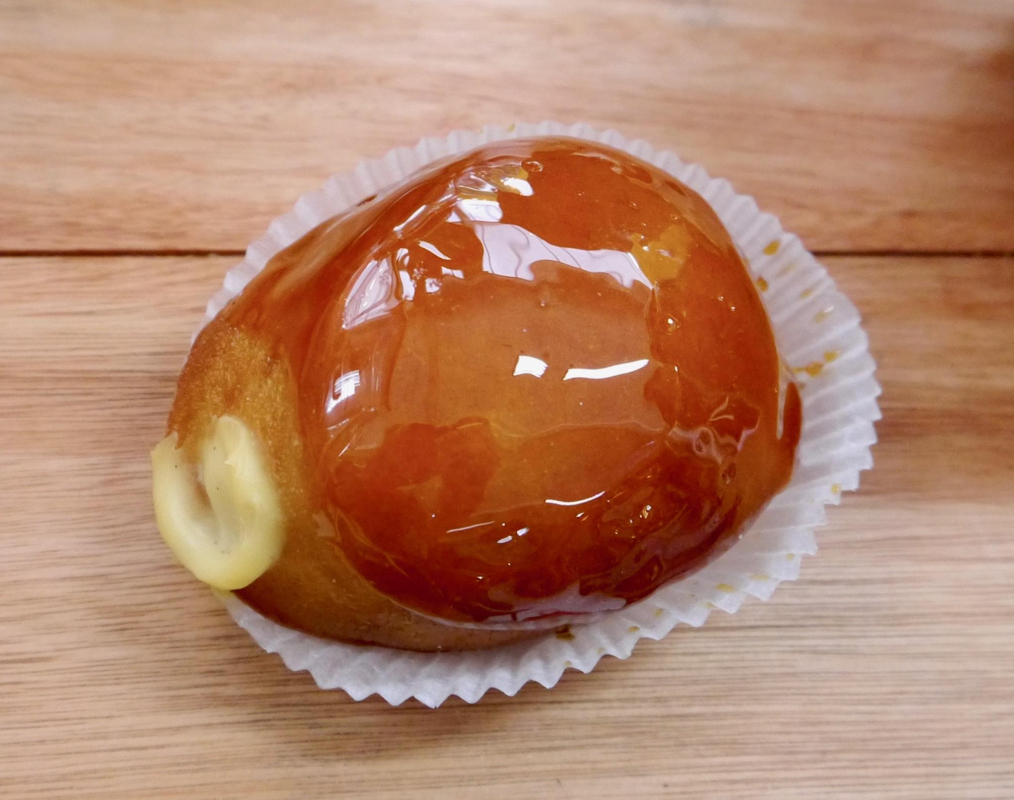 Donut_creme_brulee.jpg