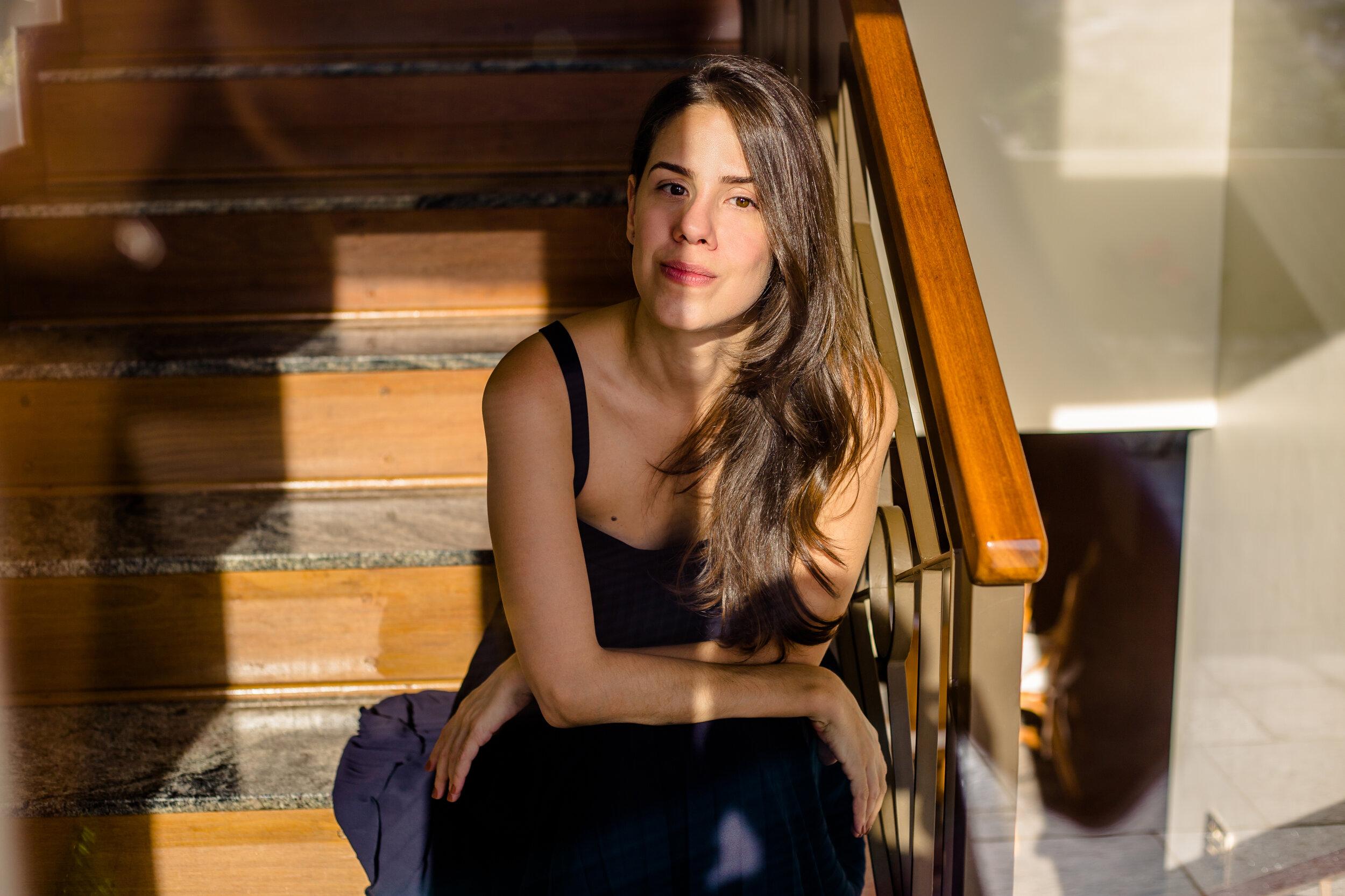 Portrait Laura Cangussu.jpg