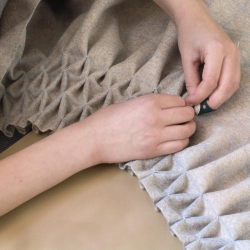 M&R SMOCK Cushion sewing1_A.jpg