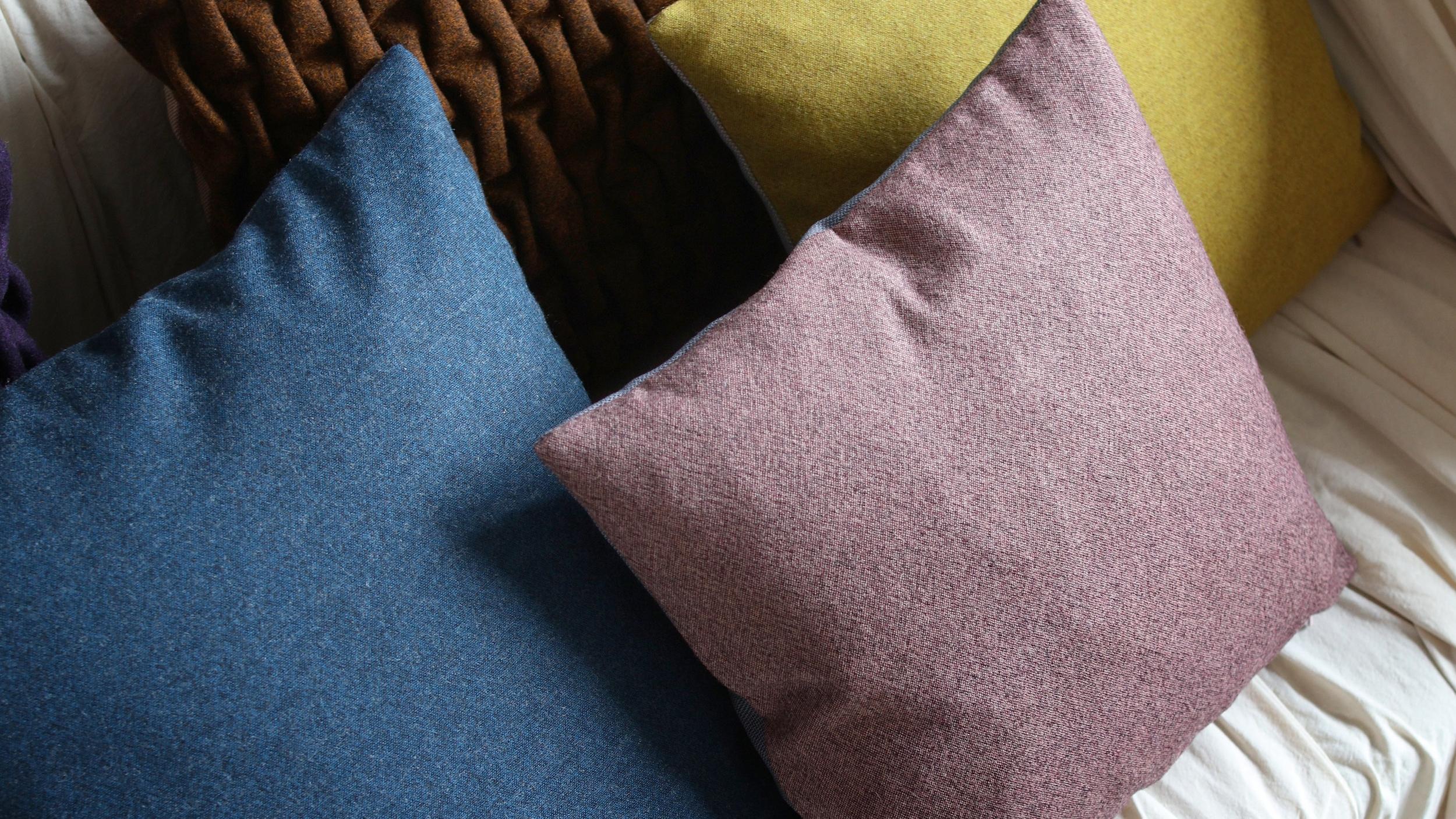 M&R SMOCK cushion sofa detail.jpg