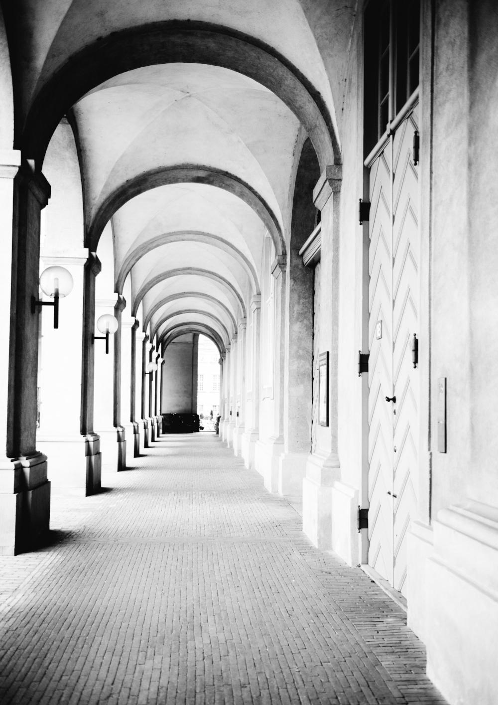 M&R.Photography.ChristiansborgB&W.jpg