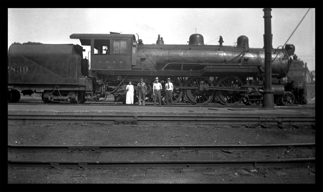 Locomotive&Family20Webcopy.jpg