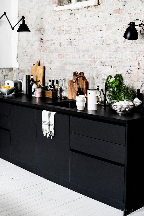 Le noir en décoration_dans toutes les pièces de la maison et du sol au plafond_miluQi Studio_Décoration et Architecture Intérieur à Montpellier
