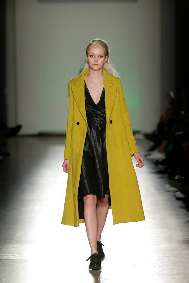 Moustard Overcoat   One available size 36. Original Price 454€ | Discount Price 227€ Ref. LCFW1502