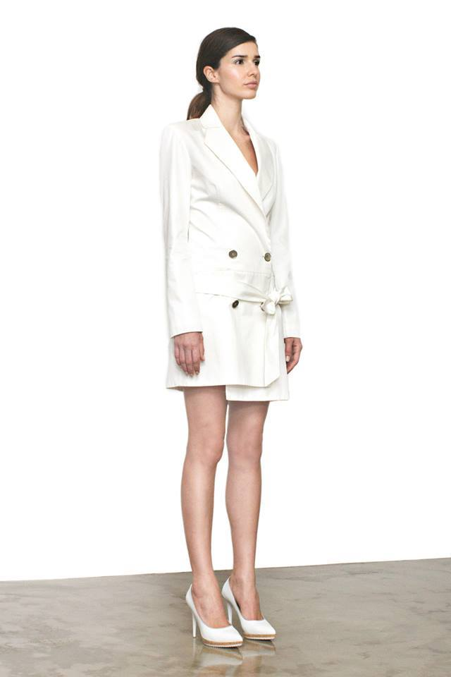Dress White Blazer   One available size 36. Original Price 235€ | Discount Price 94€ Ref. LCSS15S04  *shoes are also available for sale