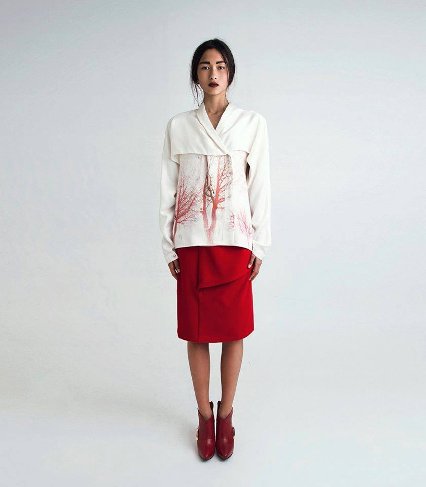 Red Skirt   One size available 36. Original Price 120€ | Discount Price 48€ Ref. LCFW1417