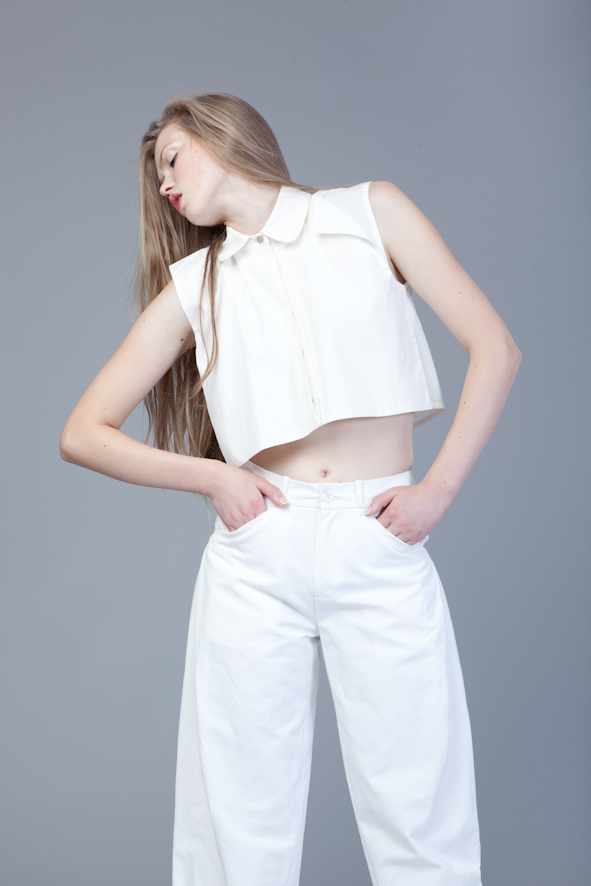 White Pants   One size available 36. Original Price 105€ | Discount Price 31,50€ Ref. LCSS1440