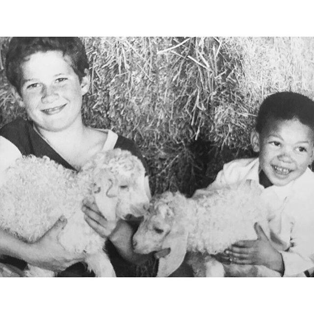 kids with kids 🐐 🐐🐐 #mondaymemories  #angoragoats  #goatkids #brotherswhofarm