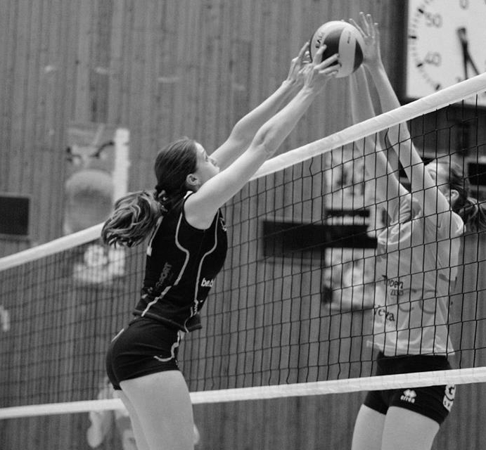 ONE Volleyball co-founder Jaki Ellis playing in Belgium