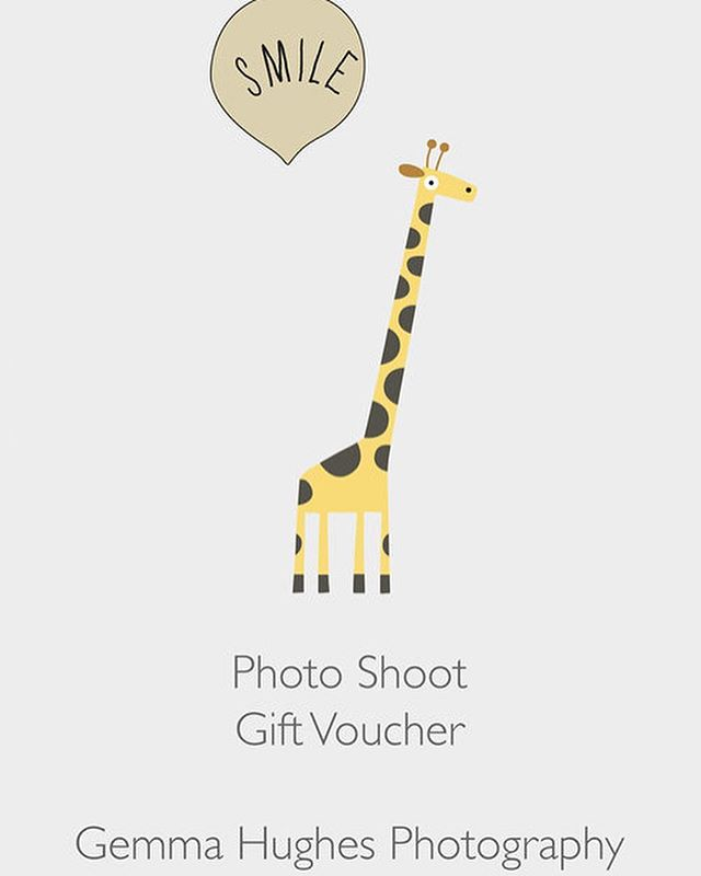 If you are struggling to think of a gift idea for a new parent, mum to be or family who have everything how about a photo shoot gift voucher! I have 30% off til Wednesday with code LASTMINUTE