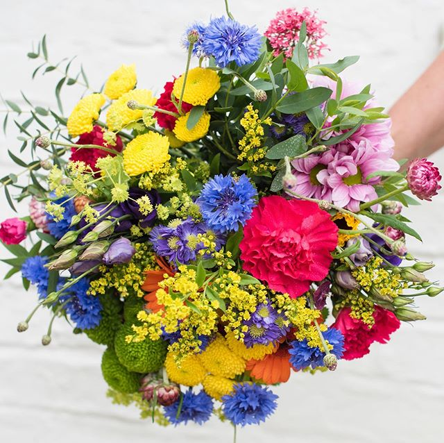 A bit of colour for a rainy day! I have just added a new gallery for personal branding and product photography, this is from a shoot for the brilliant @sussexflorals