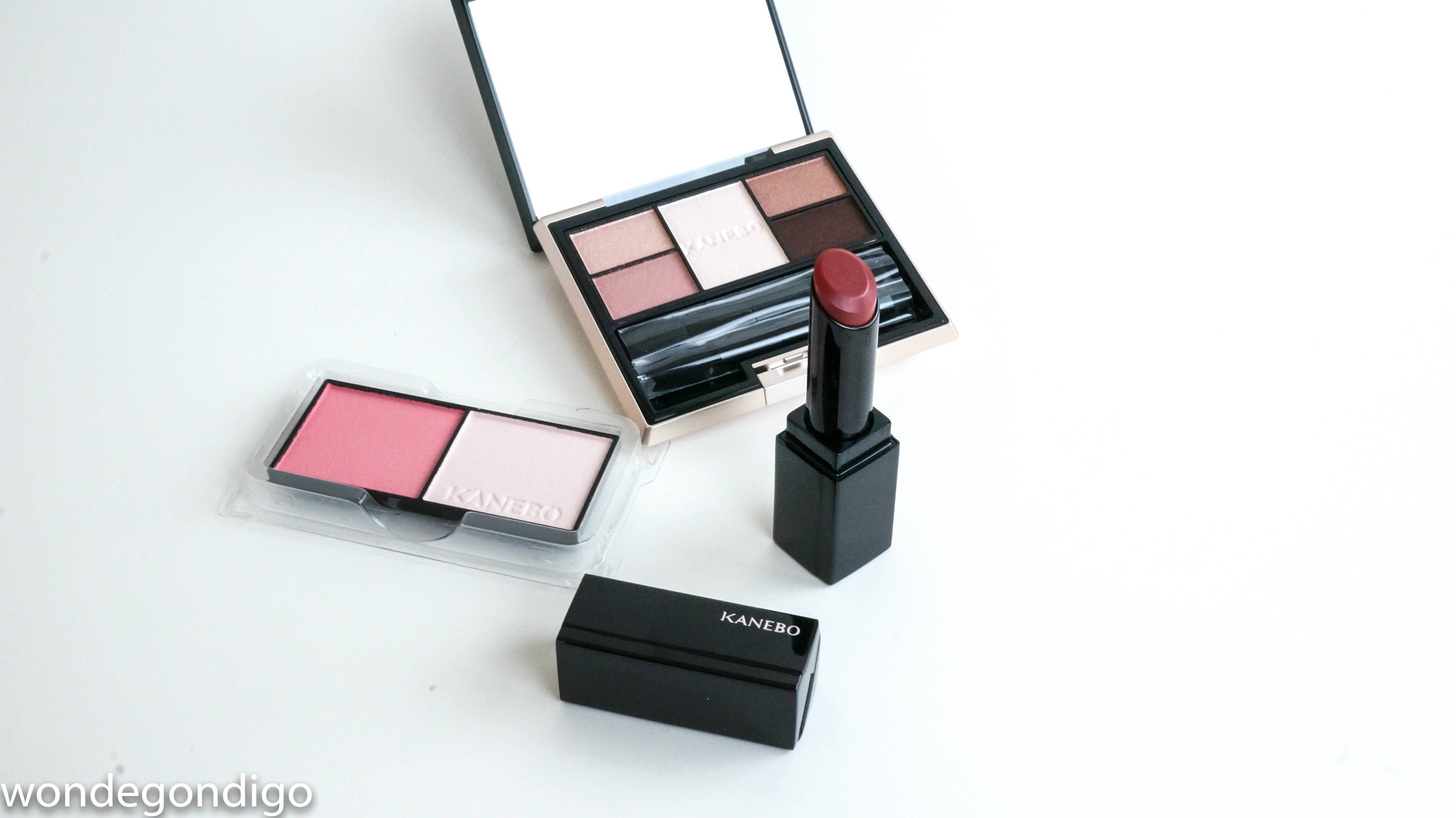 Kanebo! Variant Brosse (Cheeks) in 02 Pink Petal, Selection Colors Eyeshadow in 03 Gently Pink, and Moisture Rouge 06 Deep Red