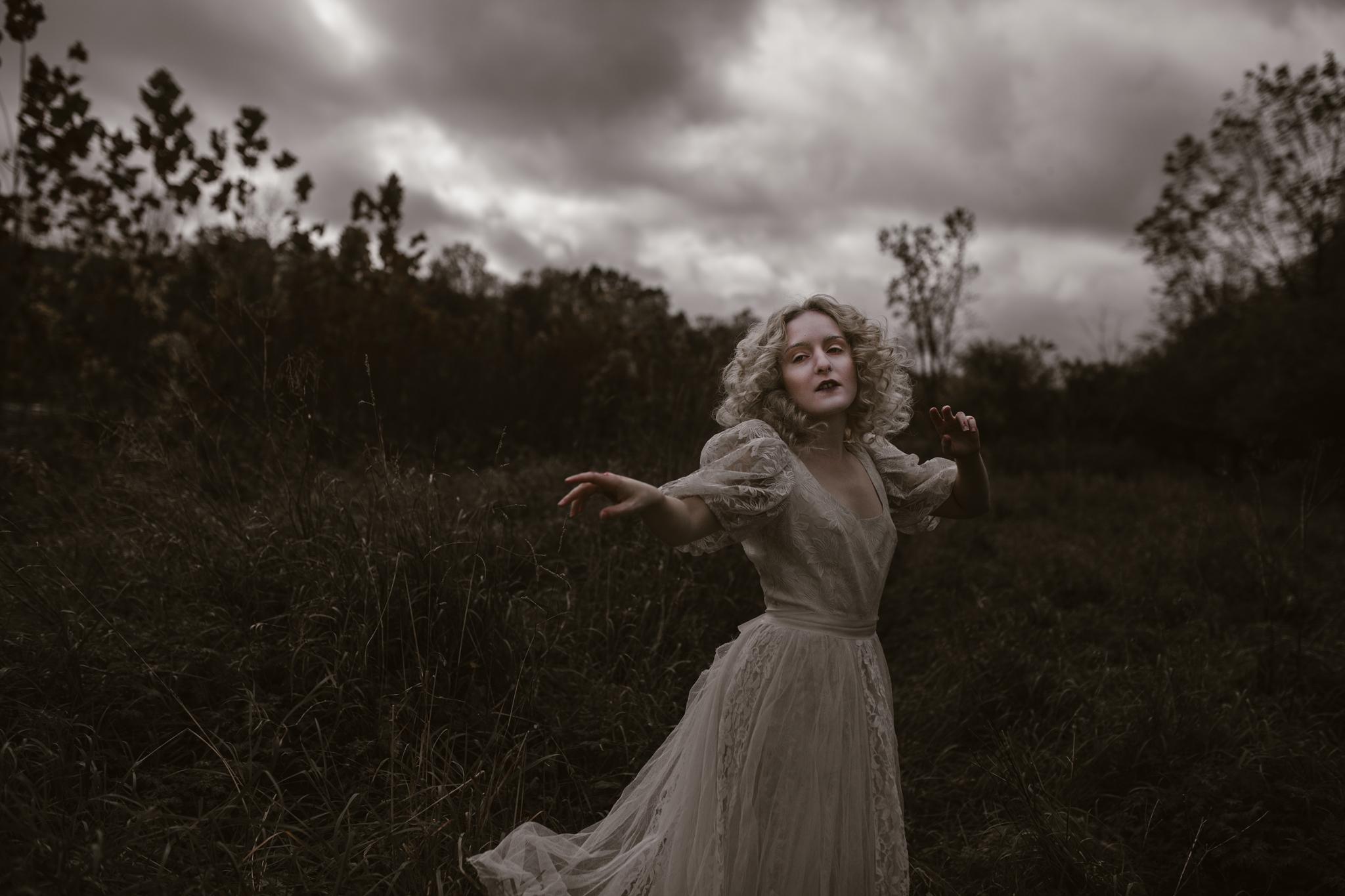 pale-witch-045fb.jpg