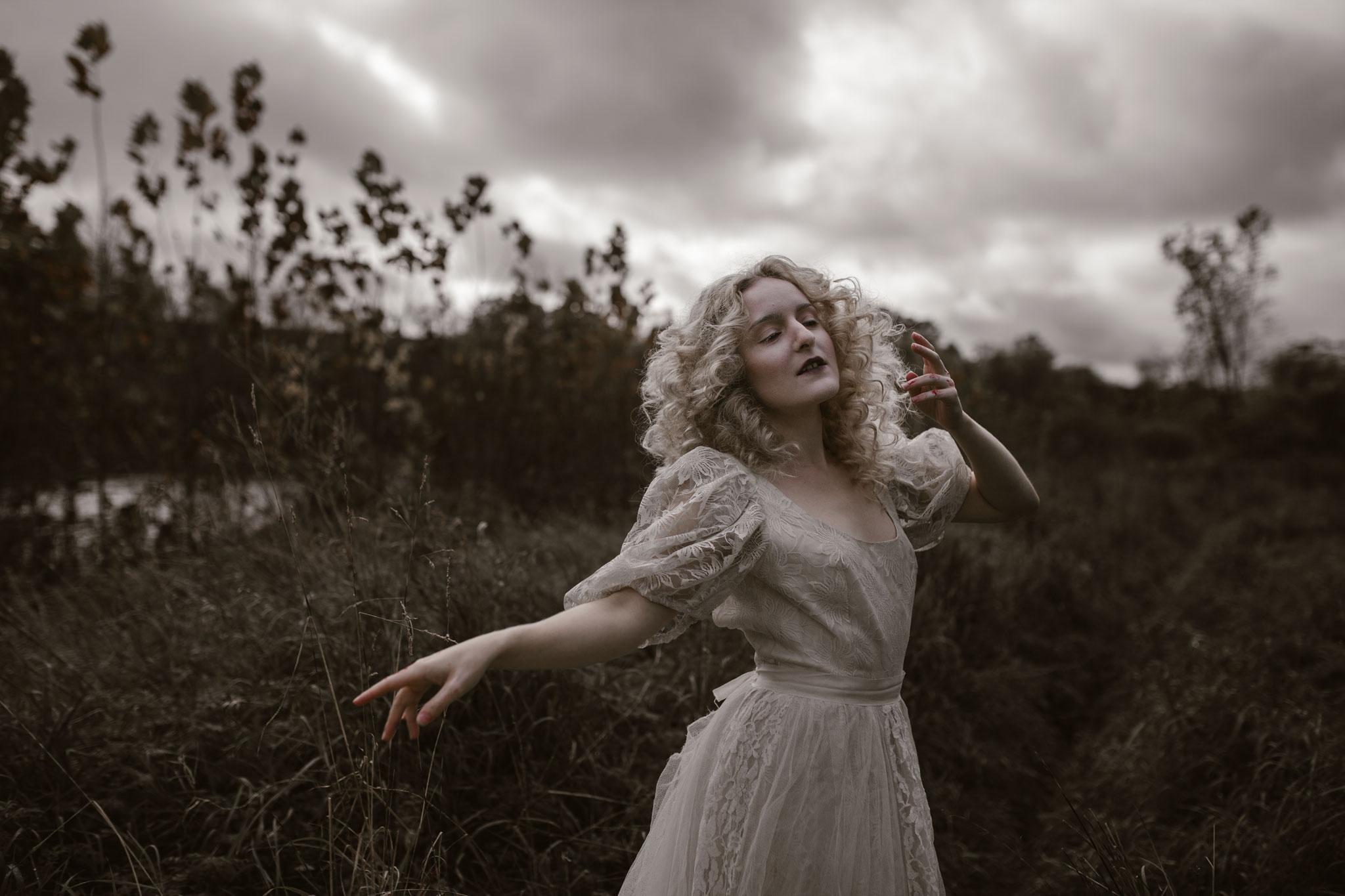 pale-witch-047fb.jpg
